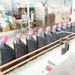 Automaattinen ruosteenestoainetta sisältävä WC-puhdistusaineen nesteitäyttö